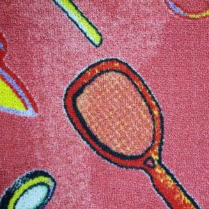 שטיח מקיר לקיר לחדרי ילדים ולגני ילדים טניס אדום
