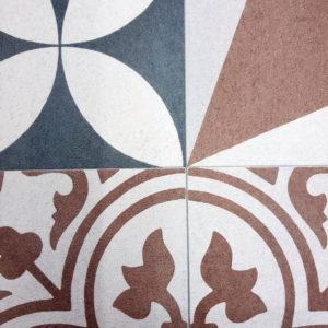 פי וי סי וינטאז' פרחים וסמלים