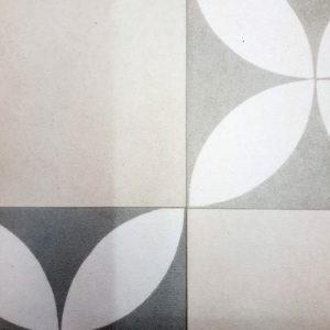 פי וי סי וינטאז' פרחים אפור לבן