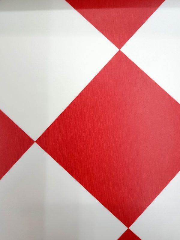 פי וי סי וינטאז' משובץ אדום לבן